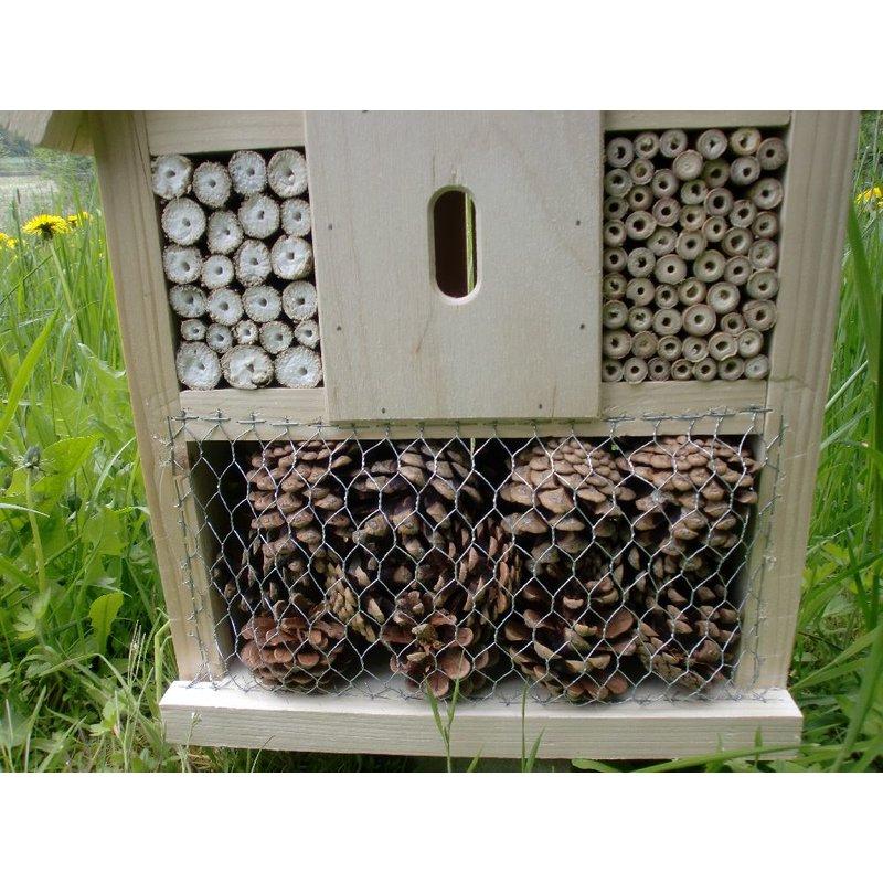 insektenhotel insektenhaus nistkasten f r bienen und insekten 3. Black Bedroom Furniture Sets. Home Design Ideas